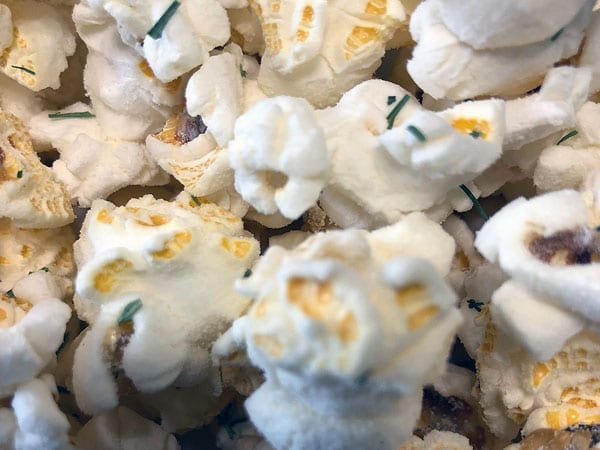 Creamy Dill Seasoned Popcorn